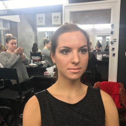 Iconic make-up